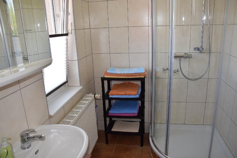 Dusche und WC Fewo 1