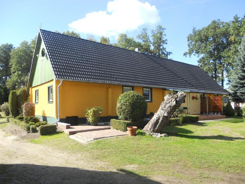 Spreewaldhaus Yellow - Hofansicht
