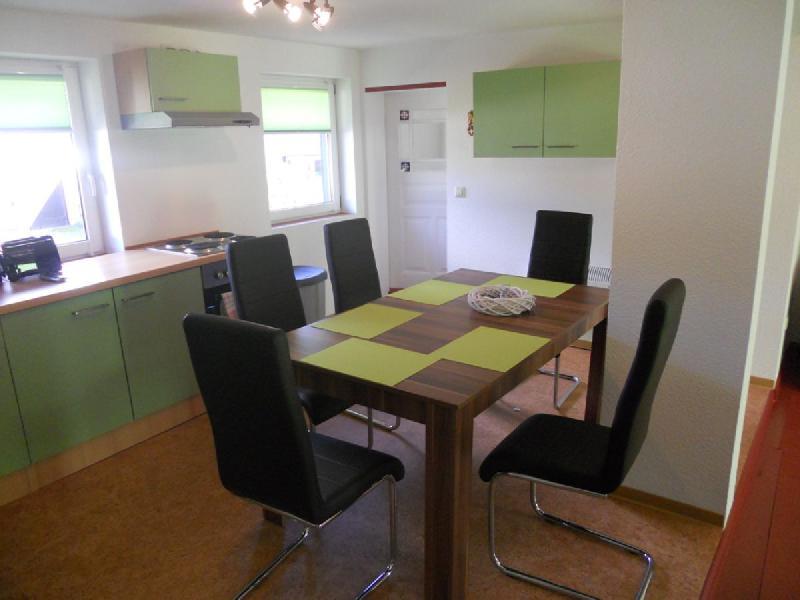 Spreewaldhaus Yellow - Frühstück in der hellen Küche