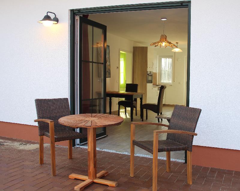 Wohnung 2 Terrasse